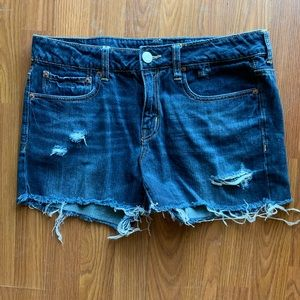 American Eagle distressed jean shorts, size 8!